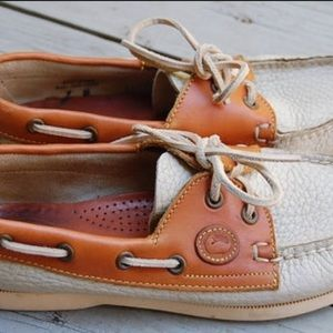 🚩Dooney & Bourke Leather Boat shoes